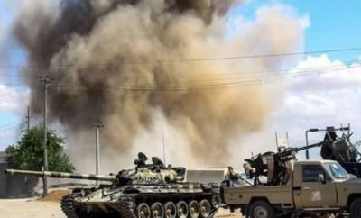 لیبیا:سرکاری فوج اورمنحرف کمانڈرخلیفہ حفتار کی فوج کےدرمیان لڑائی,11افراد ہلاک