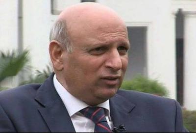 فیصل آباد: پنجاب کے گورنر چوہدری سرور نے اعلان کیا ہے کہ چیمبر آف کامرس کے ساتھ مذاکرات کامیاب ہوگئے۔