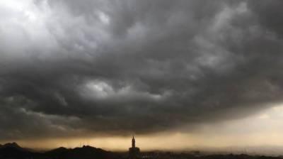 سعودی عرب پانی کی کمی مصنوعی بارش سے پوری کرے گا