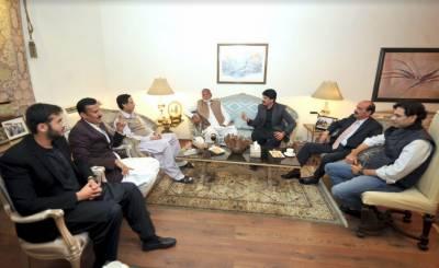 2 سابق ارکان پنجاب اسمبلی نے پاکستان مسلم لیگ ق میں شمولیت اختیار کرلی۔