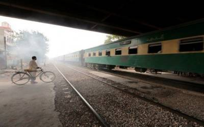 حیدر آ باد: ٹرین کی ٹکر سے ایک شخص جا ںبحق