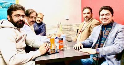عمران خان کی قیادت میں پاکستان ترقی کے راستے پر گامزن ہے۔ تحریک انصاف فرانس