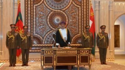 عرب ریاست عمان کا قومی پرچم اور ترانہ تبدیل،شاہی فرمان جاری