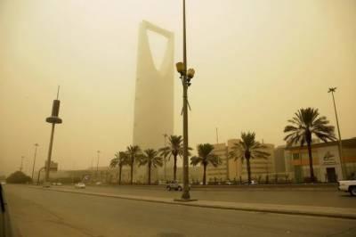 سعودی عرب میں گرد و غبار کا طوفان،حادثات ،2غیرملکی ہلاک ،3زخمی