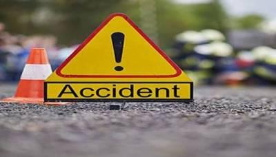 پنجاب اور پختونخوا میں موسلا دھار بارشیں، حادثات میں 10 افراد جاں بحق، متعدد زخمی