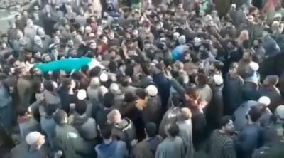 مقبو ضہ کشمیر میں شہید نوجوان کی نماز جنازہ میں ہزاروں افراد کی شرکت