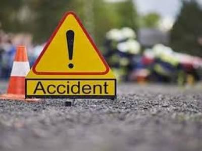 ساہیوال پاکپتن روڈ پر ٹرالر اور کار کے تصادم میں تین افراد جاں بحق