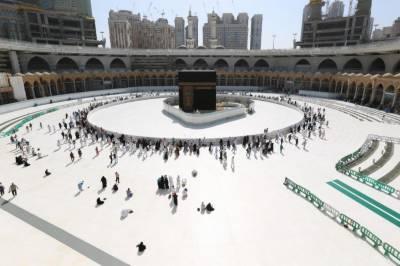 سعودی عرب میں مسجد الحرام اور مدینہ منورہ کے سوا تمام مساجد میں نمازوں کی ادائی معطل