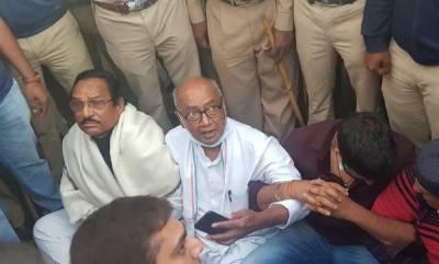 بھارت میں کانگریس کے سینئر لیڈر، سابق وزیر اعلی دگ وجے سنگھ کو گرفتار