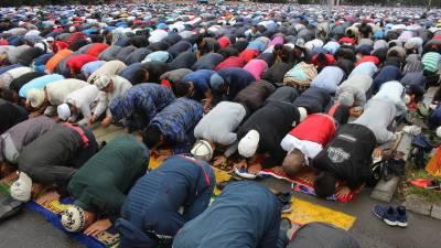 کرغزستان میں مساجد میں نماز جمعہ کی ادائیگی معطل