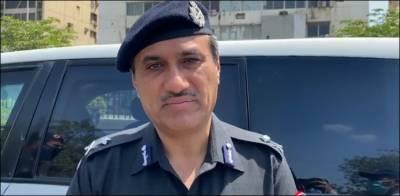 سندھ حکومت کے لاک ڈاؤن کے فیصلے پر عملدرآمد کرانا ہے۔غلام میمن