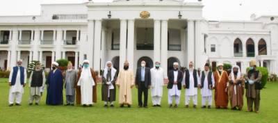 گورنر پنجاب سے تمام مکاتب فکر کے 20 سے زائد علمائے کرام کی ملاقات۔