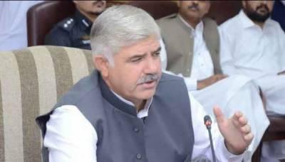 حکومت کورونا کیخلاف ہراول دستے کا کردار ادا کرنے والے ملازمین کو خصوصی امدادی پیکج فراہم کرنے کی منصوبہ بندی کررہی ہے ،محمود خان
