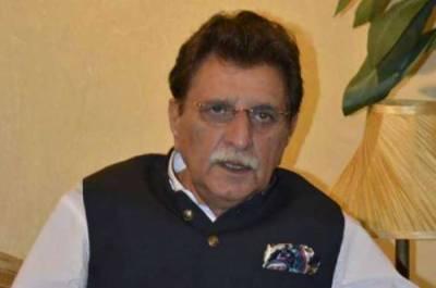 وزیراعظم آزاد کشمیر کا جعلی سینیٹائزرز اور ماسک بنانے والوں کے خلاف کاروائی کا حکم