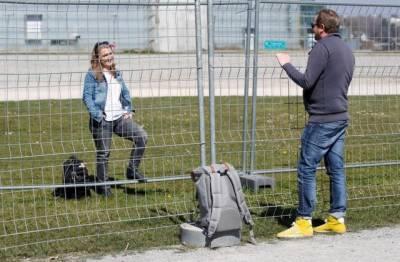 کروناوائرس وباء: جرمن اور سوئس شہریوں کی سرحد پر ملاقاتیں شروع
