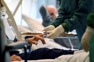 کراچی :پرائیویٹ اسپتالوں کا کرونا کے مریضوں کے لئے 20 فیصد بیڈز مختص کرنے سے انکار