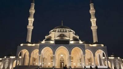 متحدہ عرب امارات کا مساجد اور عبادت گاہوں کو تاحکم ثانی بند رکھنے کا اعلان