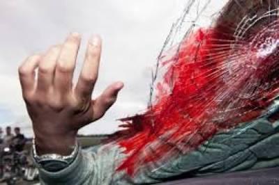 کوٹلہ جام کے قریب تیز رفتار موٹر سائیکل رکشہ الٹ گیا،1 جاں بحق 2 شدید زخمی