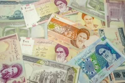 ایران نے ریال کی جگہ نئی کرنسی تومان جاری کرنے کا اعلان کردیا۔