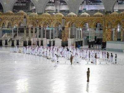 مسجد حرام میں نمازیوں کے درمیان سماجی فاصلے کے منصوبے پر عمل درآمد جاری