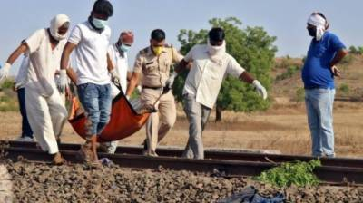 بھارت میں ٹرین کی زد میں آکر 17 مزدور ہلاک