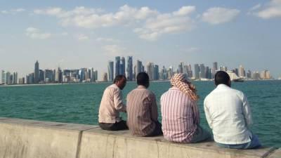 کورونا وائرس: قطر میں غیر ملکی مزدور بھیک مانگنے پر مجبور