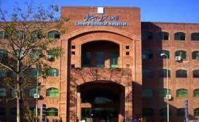 لاہورجنرل ہسپتال کے 16 ڈاکٹرزکورونا کا شکار