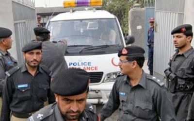 کراچی، مبینہ پولیس مقابلہ ،2 ڈ اکو گرفتار