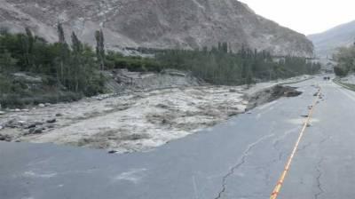 ہنزہ ،ششپر گلیشیئرسے پانی کے بہاؤ میں اضافہ، سیلاب سے شاہراہ قراقرم متاثر