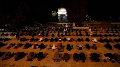 مسجد اقصی کو نمازیوں کے لیے دوبارہ کھول دیا گیا۔