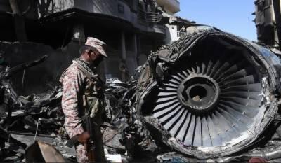 طیارہ حادثہ: انجن اور لینڈنگ گیئر کو متاثرہ عمارت سے ہٹانے پرپی آئی اے اور سی اے اے میں اختلاف