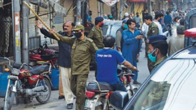 لاہور: کورونا ایس او پیز کی خلاف ورزی پر متعدد دکانیں سیل