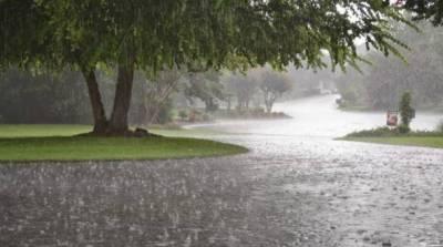 کراچی میں آج بارش کی پیشگوئی، لاہور میں رم جھم برسات کا سماں