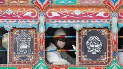 سندھ میں ایس او پیز کی خلاف ورزی، 80 ڈرائیورز گرفتار، 91 گاڑیوں کو جرمانے