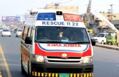 نوشہرہ میں ٹریفک حادثہ ، 2 افراد جاں بحق