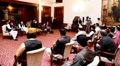 حکومت نے اندرون سندھ میں غربت کے خاتمے کیلئے اضافی فنڈزمختص کئے:وزیراعظم