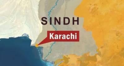 کراچی میں پلاسٹک کے گودام میں آگ بھڑک اٹھی