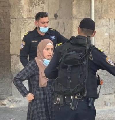 اسرائیلی پولیس نے مسجد اقصیٰ سے محافظ اور 5 خواتین کو گرفتار کر لیا