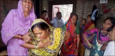 بھارت میں آسمانی بجلی گرنے سے عورتوں اور بچوں سمیت 83 افراد ہلاک