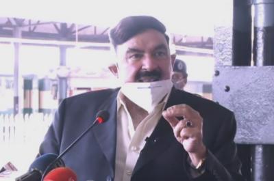 وزیر ریلوے شیخ رشید کا ریلویز میں ایک لاکھ نوکریوں کا اعلان