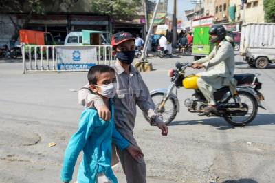 کرونا وائرس: پنجاب میں گزشتہ 24 گھنٹے کے دوران 500 سے زائد نئے کیسز کی تصدیق