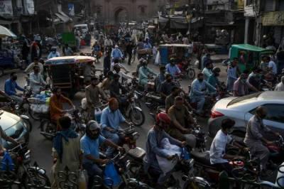 پہلے فیز میں بند ہونے والے لاہور کے 61 علاقے کھل گئے