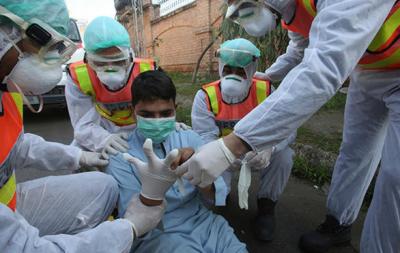 کورونا وائرس: ملک میں 3556 نئے کیسز، 90 اموات کا اضافہ