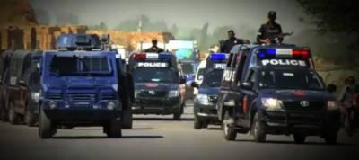 کراچی:سعید آباد میں پولیس کا سرچ آپریشن، داخلی اور خارجی راستے سیل