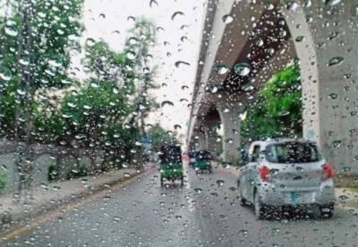 ملک کے مختلف شہروں میں بارش، گرمی سے مرجھائے چہرے کھل اٹھے