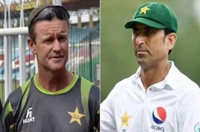 گردن پر چھری رکھنے کا الزام، گرانٹ فلاور نے یونس خان سے معافی مانگ لی
