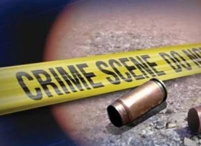 شہری سے نقدی و موبائل فون چھیننے والے 2ڈاکو پولیس مقابلے میں ہلاک