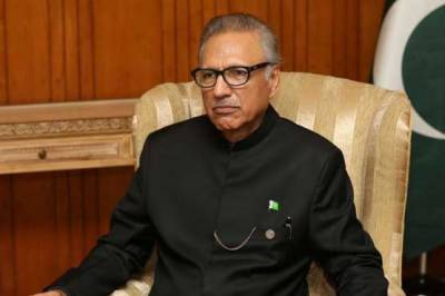 صدر کا کیپٹن کرنل شیر خان شہید اور حوالدار لالک جان شہید کو شاندار خراج عقیدت پیش