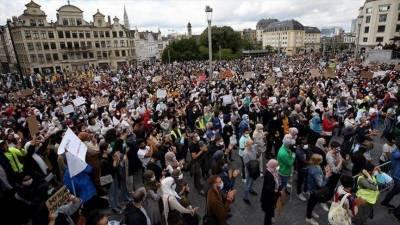 برسلز میں حجاب پر پابندی کے خلاف مظاہرے