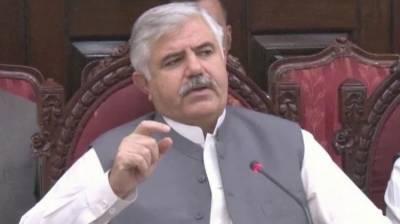 لوگوں کو تعلیم اور صحت کی معیاری سہولتوں کی فراہمی حکومت کی اولین ترجیح ہے، محمود خان